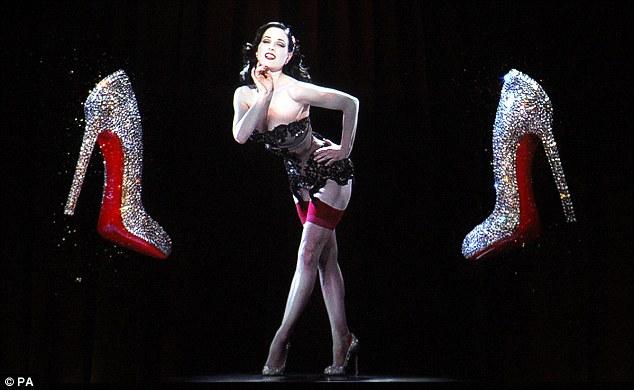 Dita Von Teese en reine du burlesque sexy
